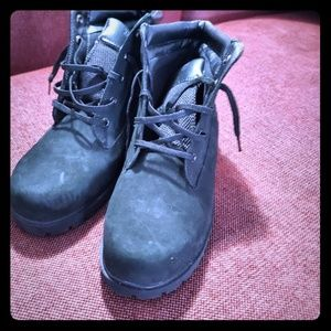 Wmns mid top timberlands
